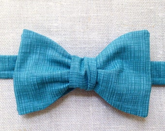 Cerulean (self tie bow tie)