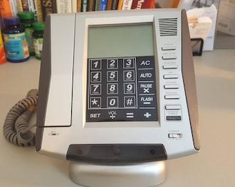 Retro Styled Cordless Telephone