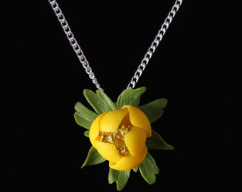 Winter Aconite Necklace