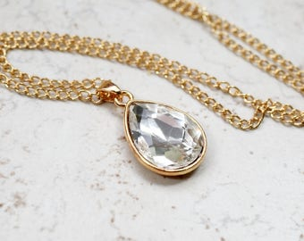 White Rhinestone Necklace, White Crystal Teardrop Pendant, Faux Diamond Style Jewel, Estate Style Jewelry, Gold Chain, old hollywood