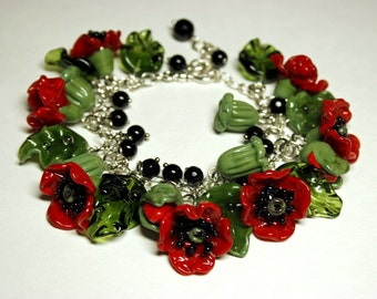 Handmade lampwork bracelet with glass poppies, glass bracelet, lampwork flower bracelet,  floral bracelet, red poppy bracelet, artisan glass