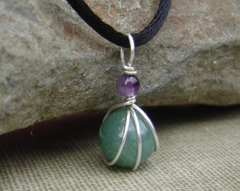 Green Aventurine and Amethyst Little Wirewrapped Pendant, Stocking Stuffer Christmas Gift for Her Green Stone Necklace, Women Stone Jewelry