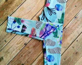 Dreamer Bunny leggings made with organic cotton jersey