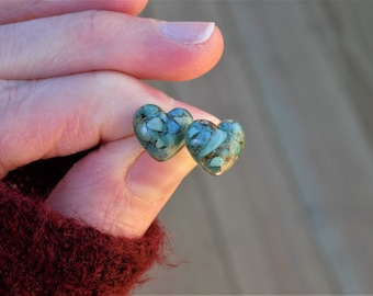 Genuine Real Turquoise Heart Stud Earrings, Post Earrings, Stone Jewelry, Gemstone, Gemstone Earrings, Resin Studs, Resin Jewelry, Jewellery