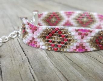 Pink and Bronze Beadwoven bracelet.