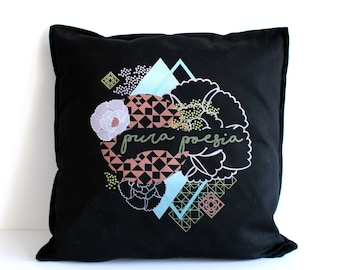 Black Pura Poesia cushion