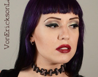 Gothic Jewelry Stitches choker necklace - Shrunken Head Brown  Extreme stitch