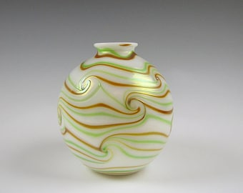Charles Lotton King Tut Pattern Art Glass Vase 1973