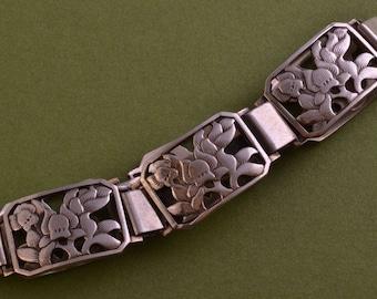 Silver Retro Bracelet (887z)
