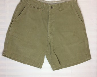1930s Boy Scouts of America metal buttons button fly plain olive green cotton shorts 30 inch waist camping sherpa hiking