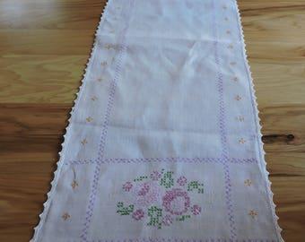 Vintage Table Runner, Vintage Hand Cross-stitched Table Runner, Vintage Cross-stitch, Hand-Embroidered Table Runner, Floral Table Runner
