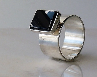 Chunky silver ring,Geometric ring,Onyx band ring,Wide band ring,Unisex ring,Minimalist ring,Sterling siver ring 925