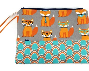 Cosmetic Holder-Cosmetic Pouch-Fox Pouch-fox purse-essential oil bag-nature bag-small zippered pouch-travel bag-fox gift-gadget bag