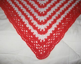 Spring shawl crocheted coral and white