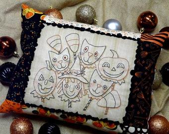 Halloween Ghoul Friends embroidery Pattern - pdf primitive stitchery pillow tuck witch pumpkin black cat  seam binding