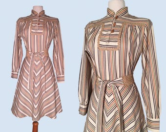 Vintage 1960's Chevron Mandarin Collar Dress / Retro