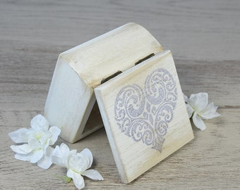 White ring box Rustic Ring bearer box Wedding ring holder Proposal wooden wedding box Custom ring box Engagement box Ring Holder Ring pillow