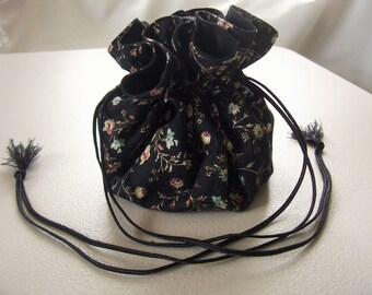 NEW ITEM--Jewelry pouch, accessory bag, hair accessory pouch, makeup bag, drawstring jewelry pouch, travel bag