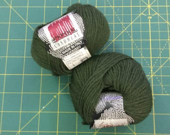 Mondial cashmere army green lot of 20 skeins