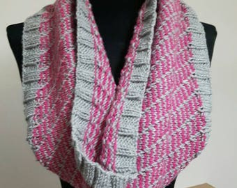 Diagonal Stripe Cowl