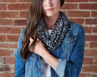 Infinty scarf - charcoal and black print