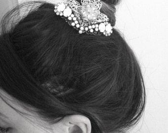Bridal Barrette, Wedding Hair Clip, Crown, Bridal Headpiece, Bridesmaid Hair Clip, White Headpiece, Bridal Hair Piece