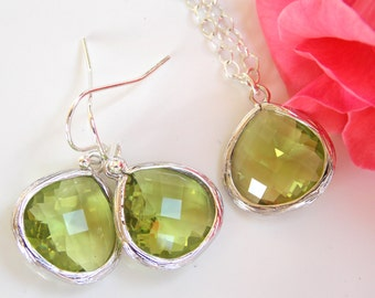 Wedding Jewelry Set, Apple Green Earrings and Necklace, Green Apple, Peridot, Green,Sterling Silver, Bridesmaid Jewelry, Pendant, Set Gifts