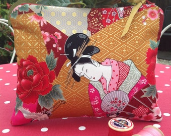 Large zip pouch, Japanese fabric zipper pouch, makeup bag, zipper bag, cosmetic bag, cosmetic purse, Japanese gifts, geisha girl gift