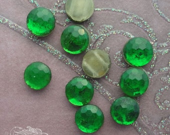 20 Vintage Glass Sew-ons Nailheads Flatback Beads - 2 hole - Emerald Honeycombs