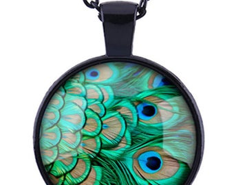 The Peacock / black glass cabochon necklace