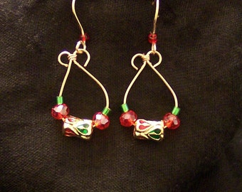 Red and green christmas earrings, red and green holiday earrings, christmas earrings, holiday earrings, red and green x-mas earrings