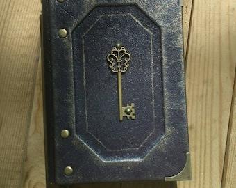 LEATHER notebook VINTAGE KEY. handmade