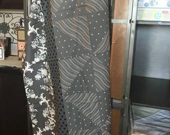 QUILT TOP:  Pure Elegance - Mono Chromatic Gray