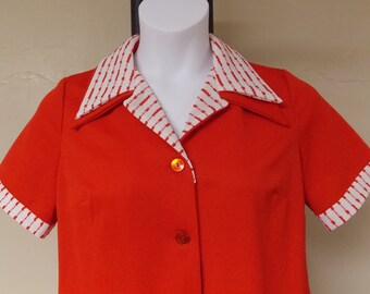 vintage 60s coral Flutterbye dress, button front open to below waist, short sl, white/coral collar