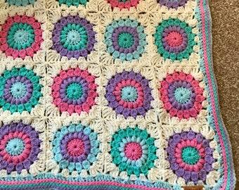 Sunburst pastel crochet baby blanket