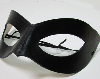 Superhero Mask / Leather Mask / Handmade / Cosplay Mask / Super Hero / Shiny Black Mask / Cat Eye/ Costume Mask/ Adjustable Cord