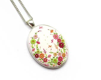 Boho-jewelry Boho-necklace Gift-women Romantic gift Embroidery pendant Polymer clay necklace pendant Polymer clay jewelry Floral necklace