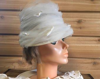 Vintage ladies hat white netting decor costume retro accessories wedding photo hat