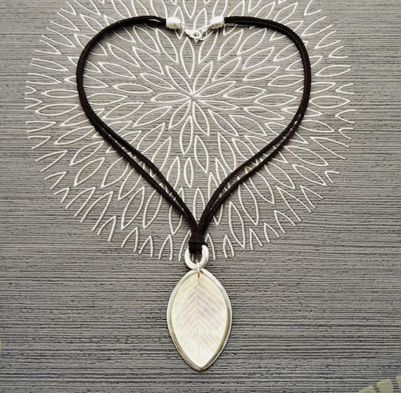 Leaf Necklace, Sterling Silver 925, Genuine White Mother of Pearl Pendant, Black Leather, Veins Laurel Leaf, Nature Jewelry Autumn Branch