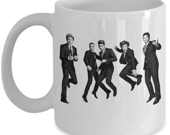 One Direction Coffee Mug - One Direction 1D Beautiful Christmas Gifts - Features a Stunning Image of Niall Horan, Zayn Malik, Liam Payne,