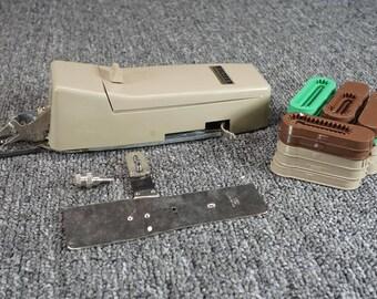 Vintage Singer Professional Buttonholer V102878 In Box W/ Manual & All Parts