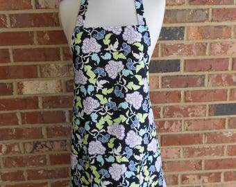 Women's Full Apron, Black Floral Apron, Kitchen Apron, Bib Apron, Pocket apron, Hostess Gift