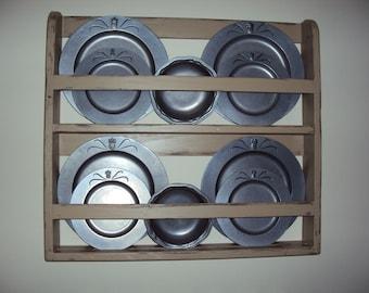 Plate shelf, plate rack, wall shelf, vintage shelf, handmade plate shelf, handmade plate rack, primitive shelf, plate display