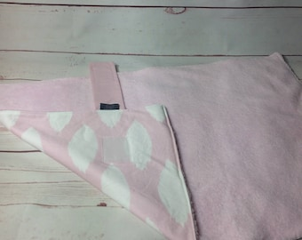 Cotton padded Nappy wallet and large waterproof changing mat set in pink with white leaves