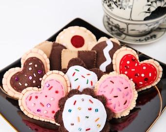 Assorted Felt Cookies, Play Food, 1 Dozen Play Cookies, Felt Cookies