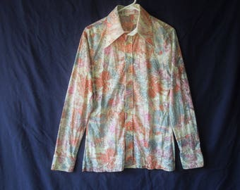SALE 70s Novelty Print Pointy Collar Disco Button Down Shirt