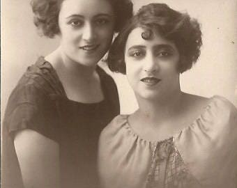 Mexican Actresses Anita Blanch and Aurora Campuzano Old Photo Prop Aseg 1926 Vintage Postcard