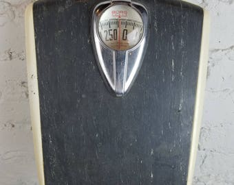 Vintage Bathroom Scale