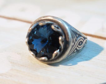 Wide Ring, Silver Blue Ring, Gothic Ring, Bohemian Jewelry, statement ring, Crystal Ring, Gypsy Jewelry, Gothic