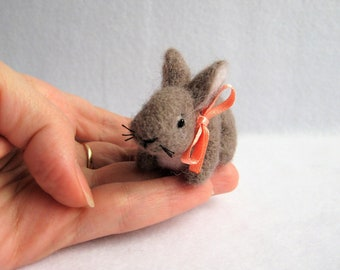 Needle Felted Rabbit. Easter Decor. Felted Miniature Toy.